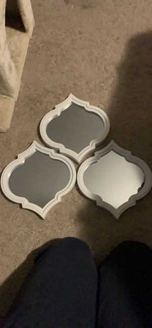 PPU Plastic Framed Wall Mirrors for Sale in Virginia Beach, VA