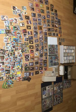 Over 7000 sports cards lot many vintage 70s and older for Sale in Austin, TX