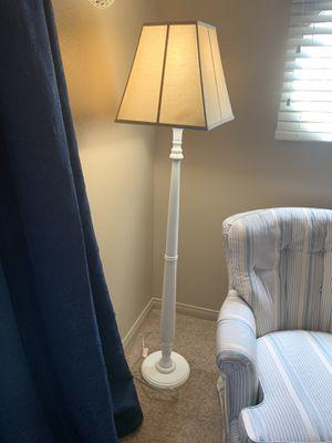 Floor lamp for Sale in Rialto, CA