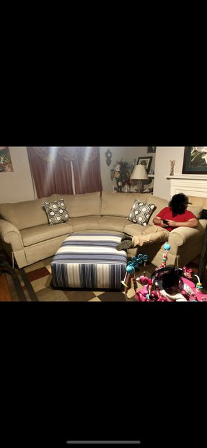 Sectional sofa recliner for Sale in Lilburn, GA