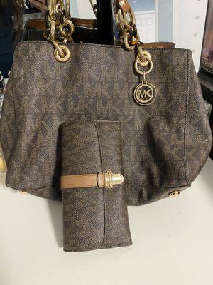 MK purse & wallet set for Sale in Bloomington, CA