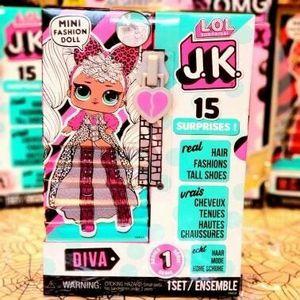 New lol surprise diva doll 15 surprise set mini fashion doll for Sale in Brea, CA