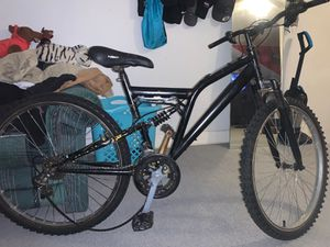 Mountain bike for Sale in Reading, PA