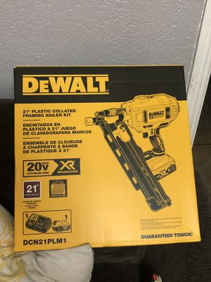 "DeWalt 21"" Plastic Collated Framing Nailer Kit for Sale in Azusa, CA"