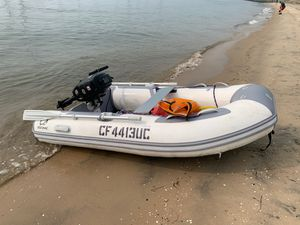 Zodiac Cadet 270 with Suzuki 6 horse power outboard motor for Sale in San Diego, CA