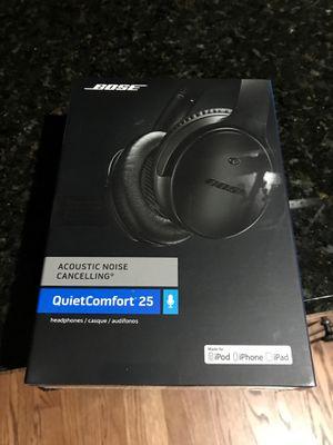 Bose QuietComfort 25 Triple Black Edition for Sale in Chicago, IL