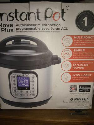 Nova plus brand-new instant pot 6qts for Sale in Modesto, CA