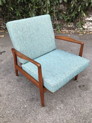 Mid Century Modern Danish Teak Lounge Chair. for Sale in Los Angeles, CA
