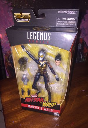 WASP ANTMAN MARVEL LEGENDS ACTION FIGURE with BAF CULL for Sale in Las Vegas, NV
