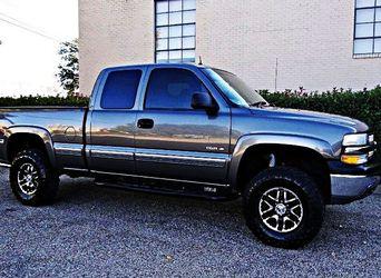 ֆ10OO 4WD Chevrolet Silverado 4WD for Sale in Letohatchee,  AL
