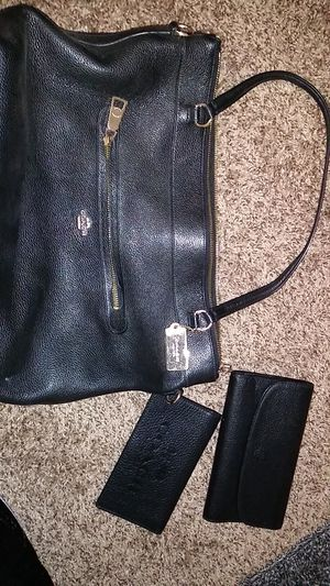 Coach purse and wallets for Sale in Moreno Valley, CA