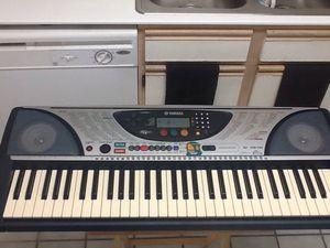 YAMAHA PSR-240 Midi Music Keyboard - 61 Key Piano - Touch Response Making Beats for Sale in Las Vegas, NV