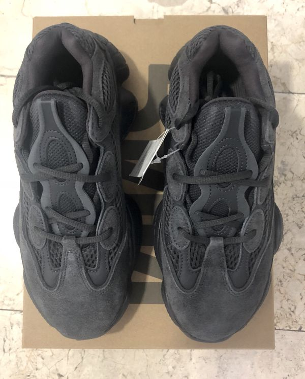 1c93d11a2 Adidas Yeezy 500 utility black for Sale in Miami