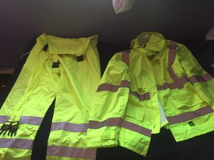 Winter/Rain Thermo Suit for Sale in Milwaukee, WI