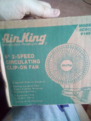 "6"" 2 speed circulating clip on fan for Sale in Hannibal, MO"
