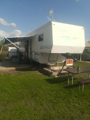 Fifth wheel home for Sale in Kissimmee, FL