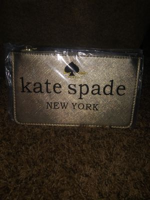 Kate spade clutch for Sale in Elyria, OH
