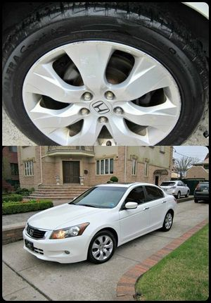 For Sale. 2010 Honda Accord XLE Great Shape. FWDWheels for Sale in Akron, OH