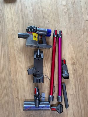 Dyson v7 animal - red & pink with extra wand for Sale in Bellevue, WA
