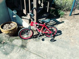 Next bike with training wheels for Sale in Macon, GA