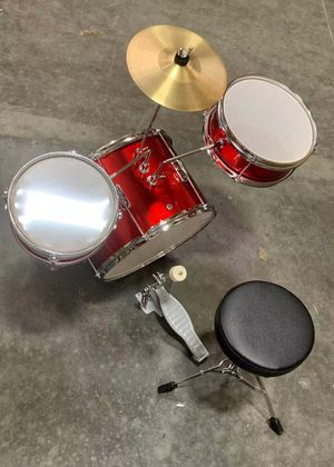 NEW IN BOX Berry 13 Inch Bass Drum Junior Real Drum Set with Throne Cymbal Pedal and Wooden Drumsticks for Sale in Los Angeles, CA