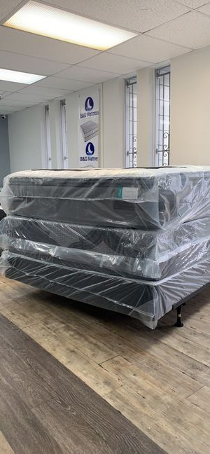 Liquidation mattresses for Sale in Tampa, FL