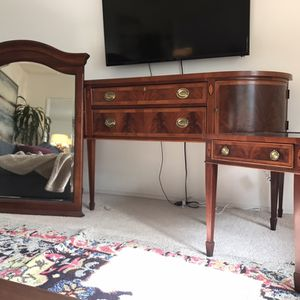 Beautiful Hekman Vintage Style Wood Entertainment Set Copley Place for Sale in Encinitas, CA