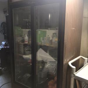 True Commercial Fridge 2 Glass Door for Sale in Auburn, WA