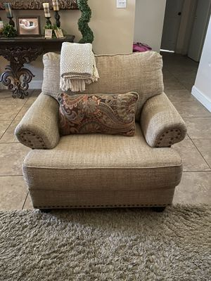 Couch for Sale in Shafter, CA