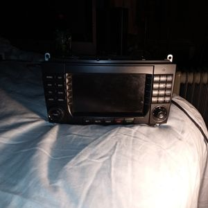 Mercedes Benz Stereo for Sale in Ceres, CA