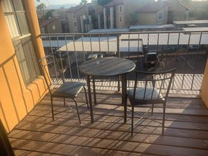 Small kitchen table and two chairs for Sale in Phoenix, AZ