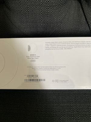 Apple Watch series 5 44mm GPS for Sale in Los Alamitos, CA