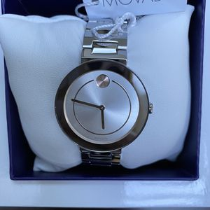 New in box beautiful Women Movado Bold Perfect gift! Original price $595+tax I sell just for $375!!!! for Sale in Tacoma, WA