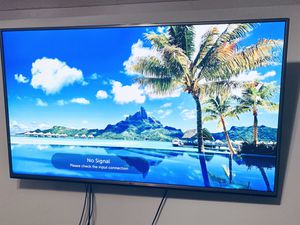 LG 60UH6035: 60-inch 4K UHD Smart LED TV for Sale in Hollywood, FL