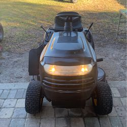 Polan pro riding lawn tractor for Sale in Winter Haven,  FL