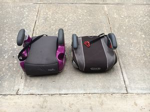 Moving sale: Free! 2 booster car seats. for Sale in Austin, TX