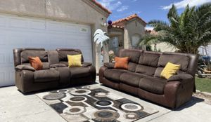 RCWilley power recliners suede and microfiber sofa and loveseat ( FREE DELIVERY 🚚) EXCELLENT CONDITIONS for Sale in North Las Vegas, NV