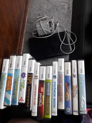 Nintendo 3DS with 17 games for Sale in Seattle, WA