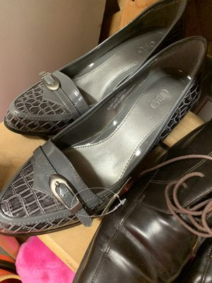 8 1/2 grey heels for Sale in Conway, AR