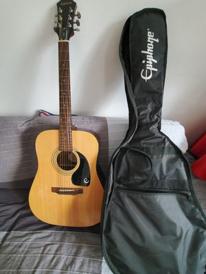 Acoustic Guitar and Guitar bag for Sale in Queens, NY