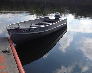 Want To Buy Tiller Handle Boat Motor for Sale in Nashville, TN