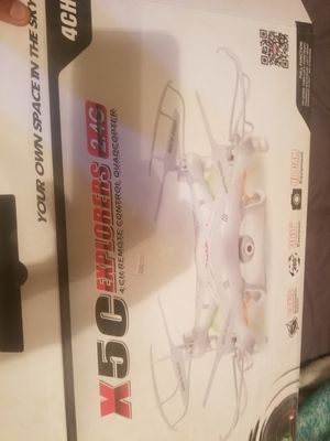 Wing blades nd controller nd drone charger for Sale in North Las Vegas, NV