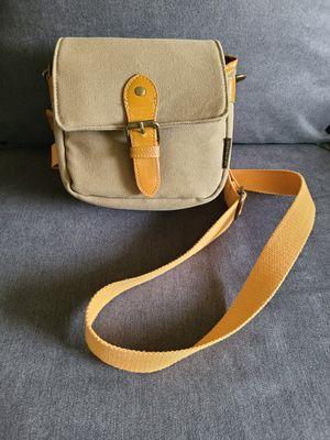 Compact SLR/DSLR Camera Shoulder Bag for Sale in New Britain, CT