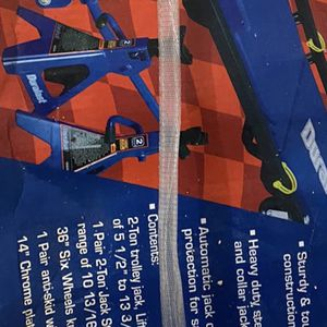Duralast 2 Ton Mechanic Lift Kit + 2 Extra Jack Stands for Sale in The Bronx, NY
