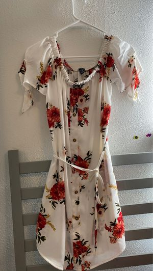 Dress for Sale in Brooks, OR