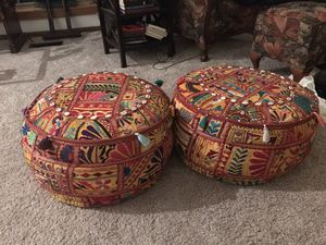 "Artist's Loom Traditional Indian Pouf/Ottoman (24x24""x12) for Sale in Inverness, IL"