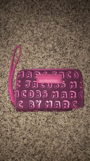 Authentic Marc jacobs pink wallet for Sale in Avondale, AZ