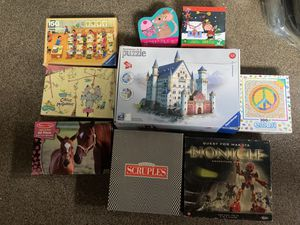 Puzzles and board game bundle for Sale in Spring Valley, CA