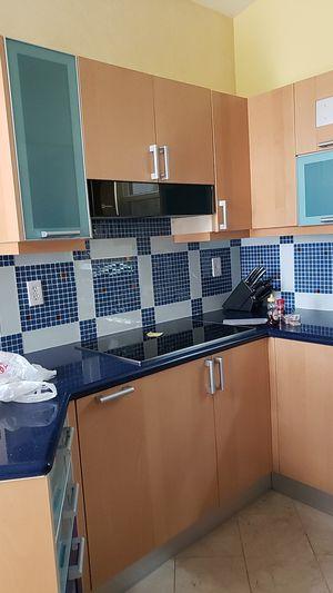 Kitchen cabinets for Sale in Oakland Park, FL