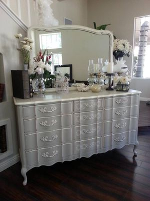 ROMANTIC ANTIQUE FRENCH GLAM GREY, WHITE, 9 DRAWER DRESSER WITH MIRROR AND NIGHTSTANDS! for Sale in Los Angeles, CA